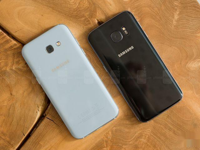 Samsung Galaxy S7 и A5 2017 сравнение смартфонов