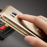 Samsung представил смартфон раскладушку с рекордной камерой